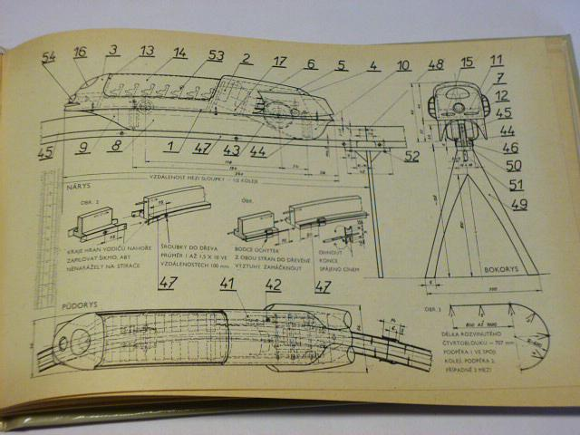 Fantazie, hra, skutečnost - mechanické hračky a modely - Konvička - 1969