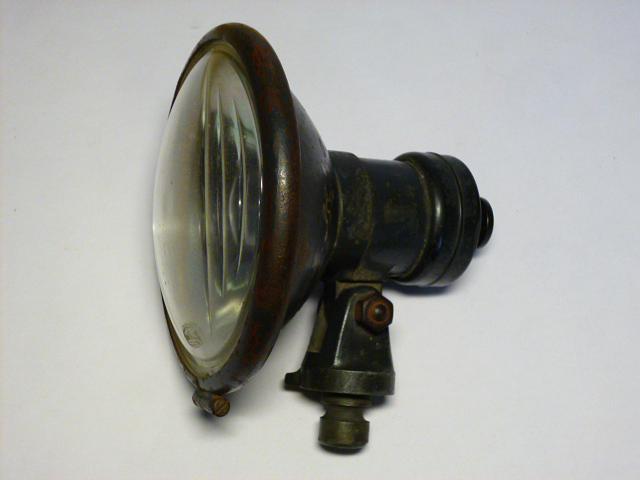 Hella - hledací světlomet - Wehrmacht, KDF...
