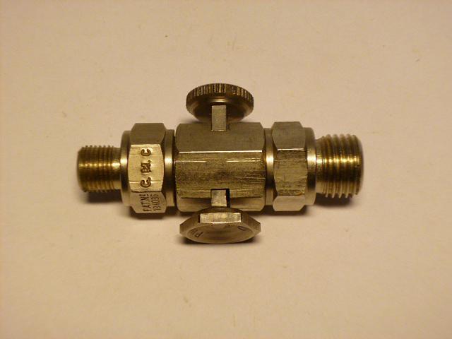 Benzinový kohout anglické výroby - G. M. C.