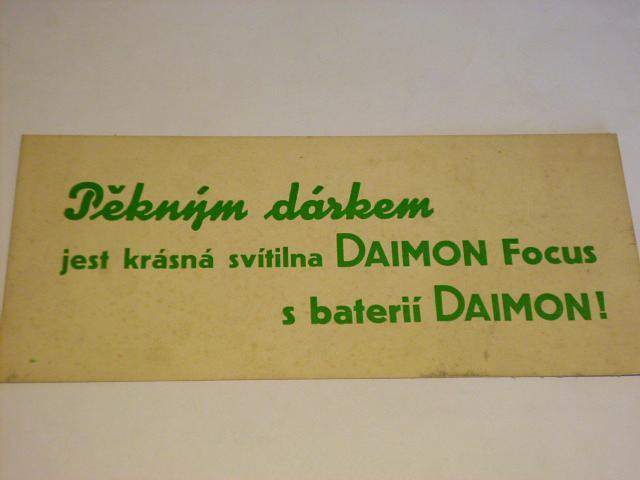 Pěkným dárkem jest krásná svítilna Daimon Focus - papírová reklama
