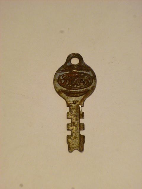 Ford - klíček do spínací skříňky ?