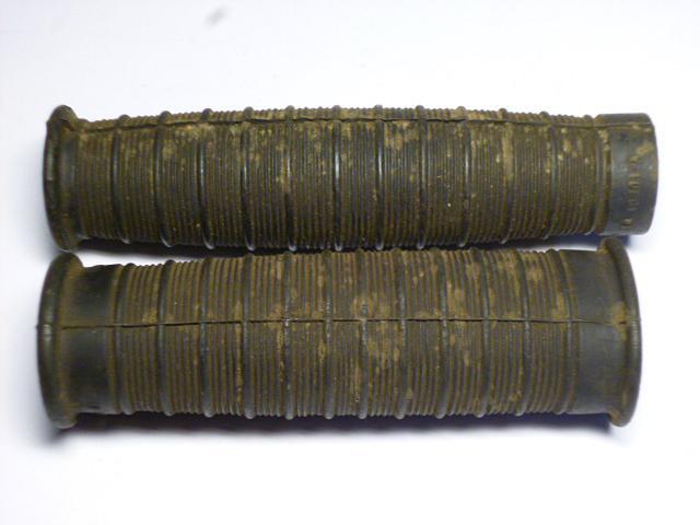 JAWA 175, 250 - gumové rukojeti