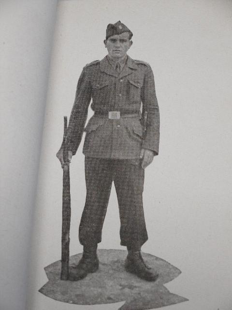 Cvičební řád pro pěchotu - pořadový výcvik - 1946