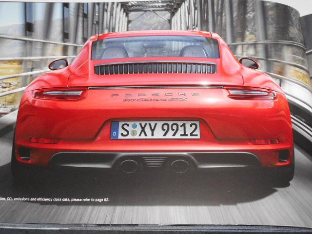 Porsche 911 GTS - prospekt - 2016