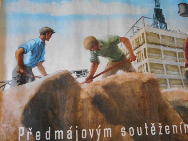Před májovým soutěžením za urychlení přestavby průmyslu! plakát