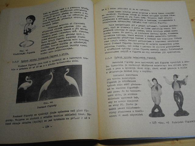 Výroba skleněné bižuterie - Pavel Strnad, Jiří Medek - 1985
