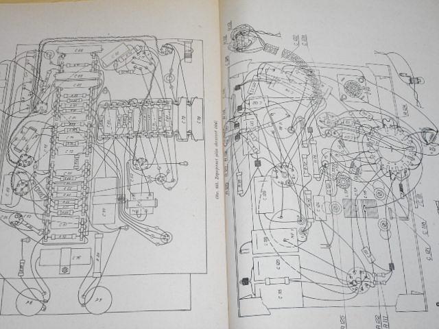 Tesla - technický popis a návod k údržbě televisních přijimačů Tesla 4001 A, 4001 A-b, 4001 A-c, 4002 A