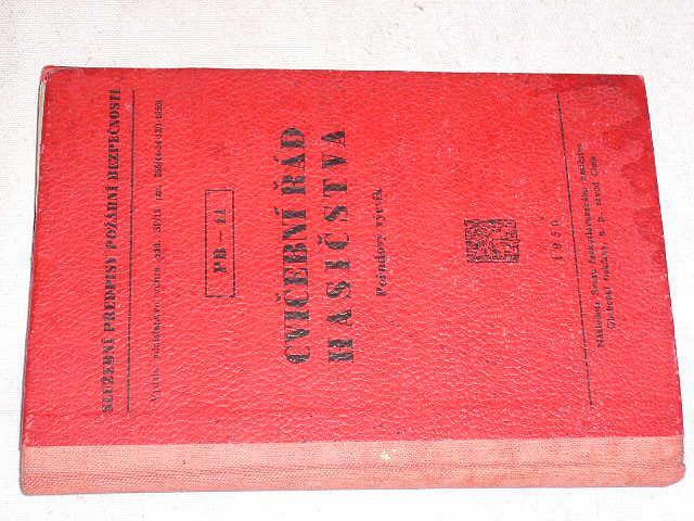 Cvičební řád hasičstva - Pořadový výcvik - 1950