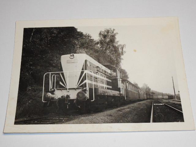 ČKD T 434.001 - lokomotiva při zkouškách se soupravou vozů Bam - fotografie