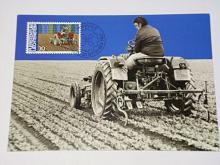 Traktor - fotografie se známkou - 1982