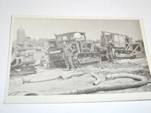 Pásové traktory - fotografie