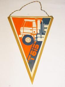 Tatra 815 - vlaječka