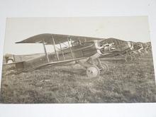 Stíhací letouny francouzské výroby Spad - letecké učiliště Cheb - fotografie