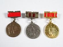 BSP - člen brigády socialistické práce - socialisticky pracovat socialisticky žít - medaile
